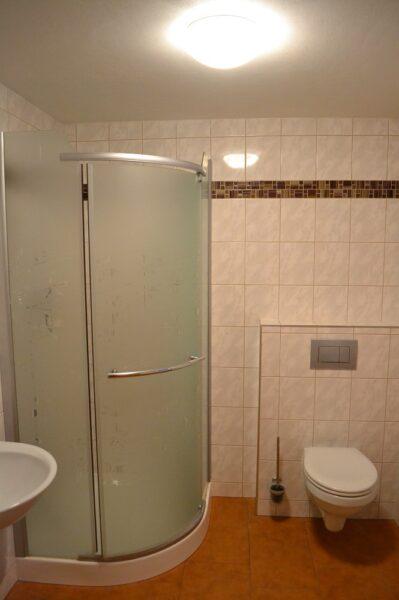 Apartmán 2 - WC   sprcha